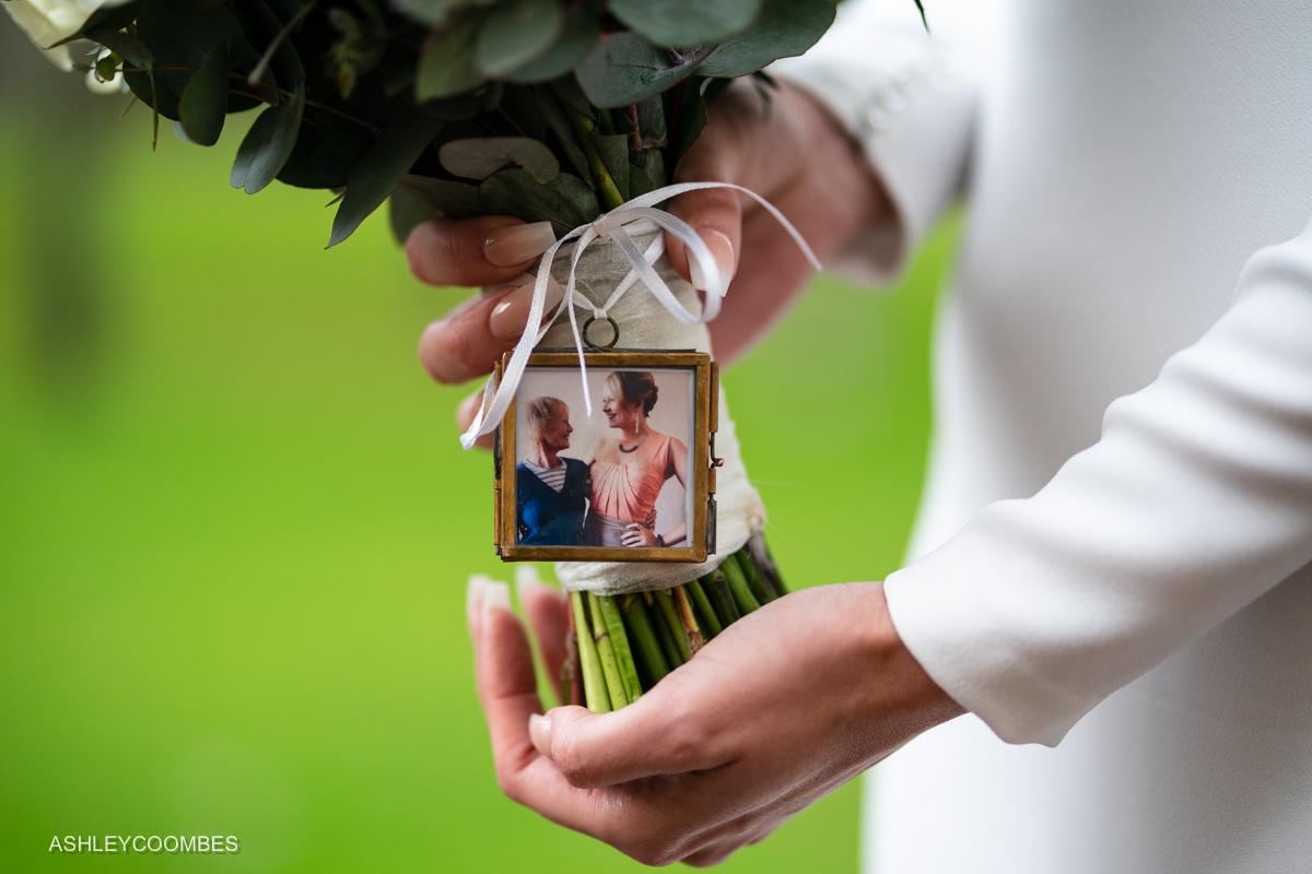 photo on bouquet